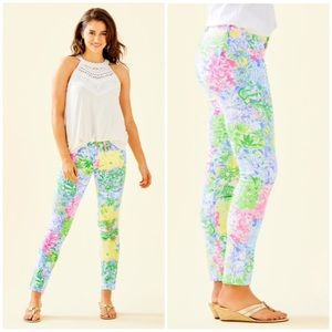 NWOT Lilly Pulitzer South Ocean Skinny Jeans